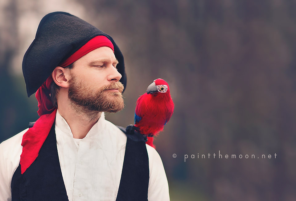 7scott-and-parrot